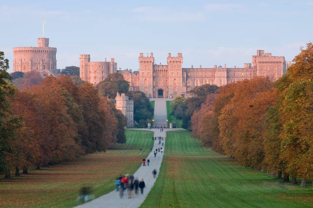 Windsor castle 247 airport ride