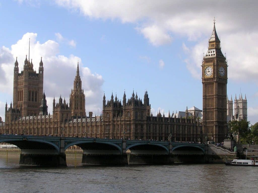 The Big Ben and The Parliament House - 247 airport ride