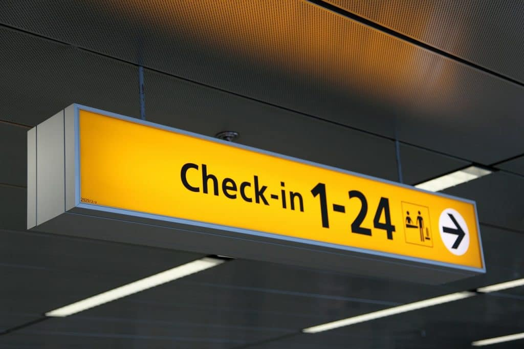 Heathrow Departures: Check-ins - 247 airport ride